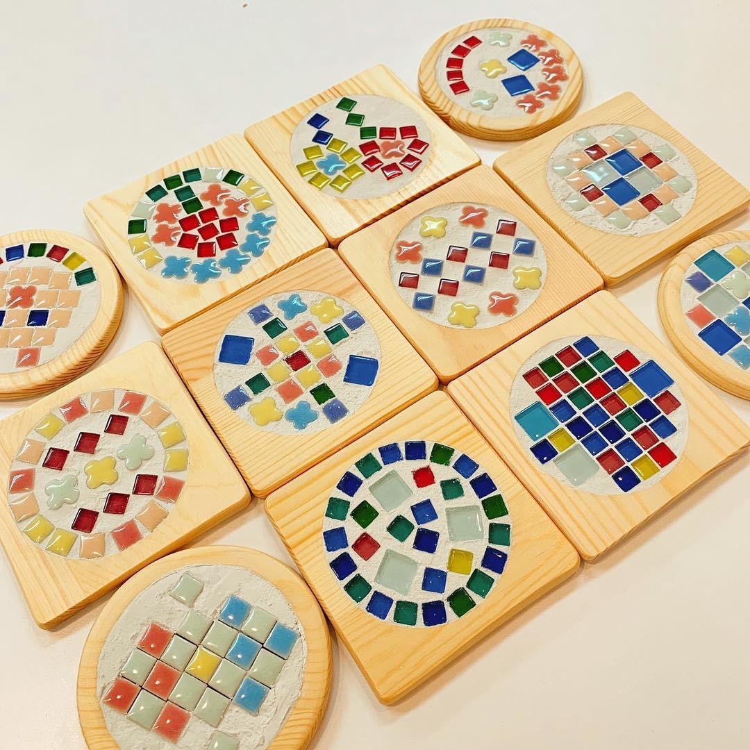 家族で楽しめる親子ワークショップ☆「タイルコースター」づくりを開催しました